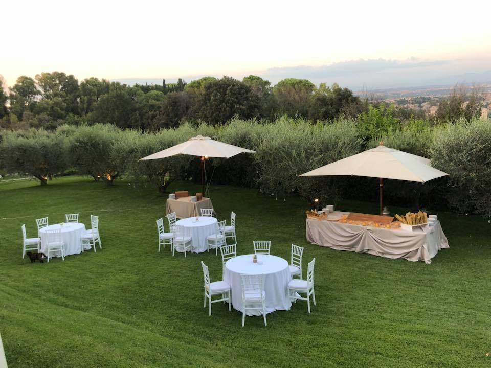 Il Giardino - Allestimento tavoli - Villa per Matrimoni